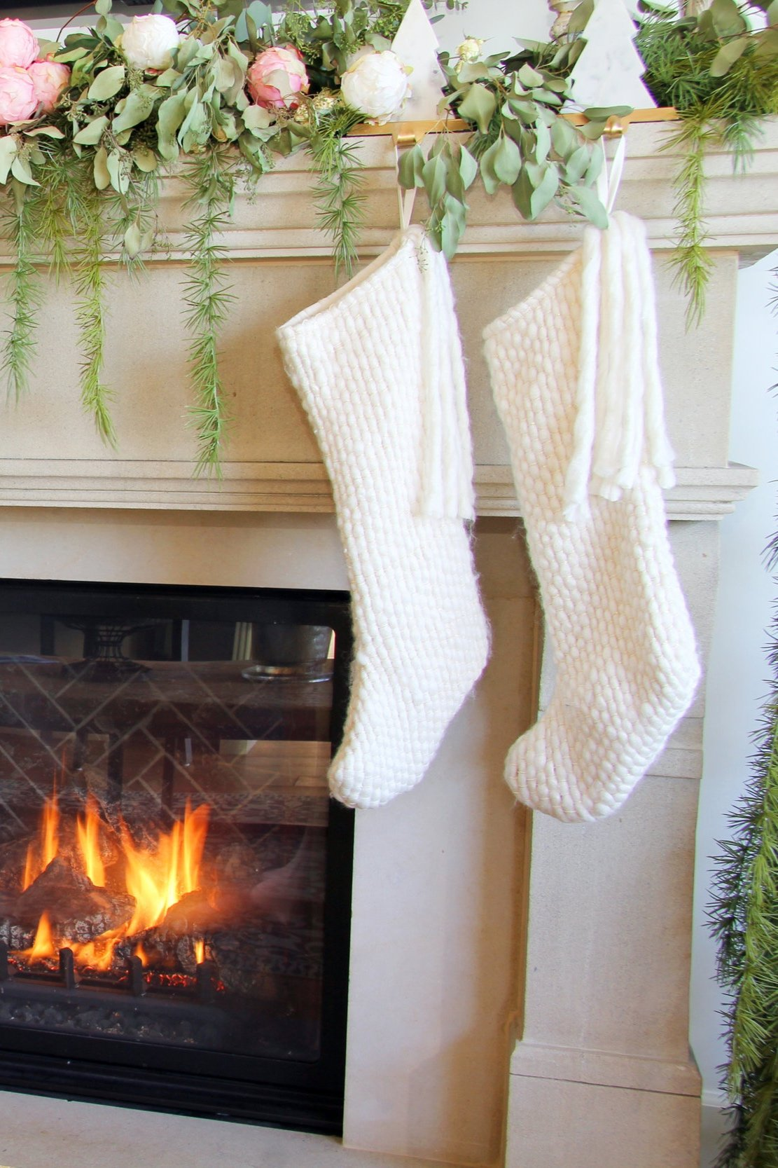 Read more about the article Small Unique Gifts That Make the Most Awesome Stocking Stuffers