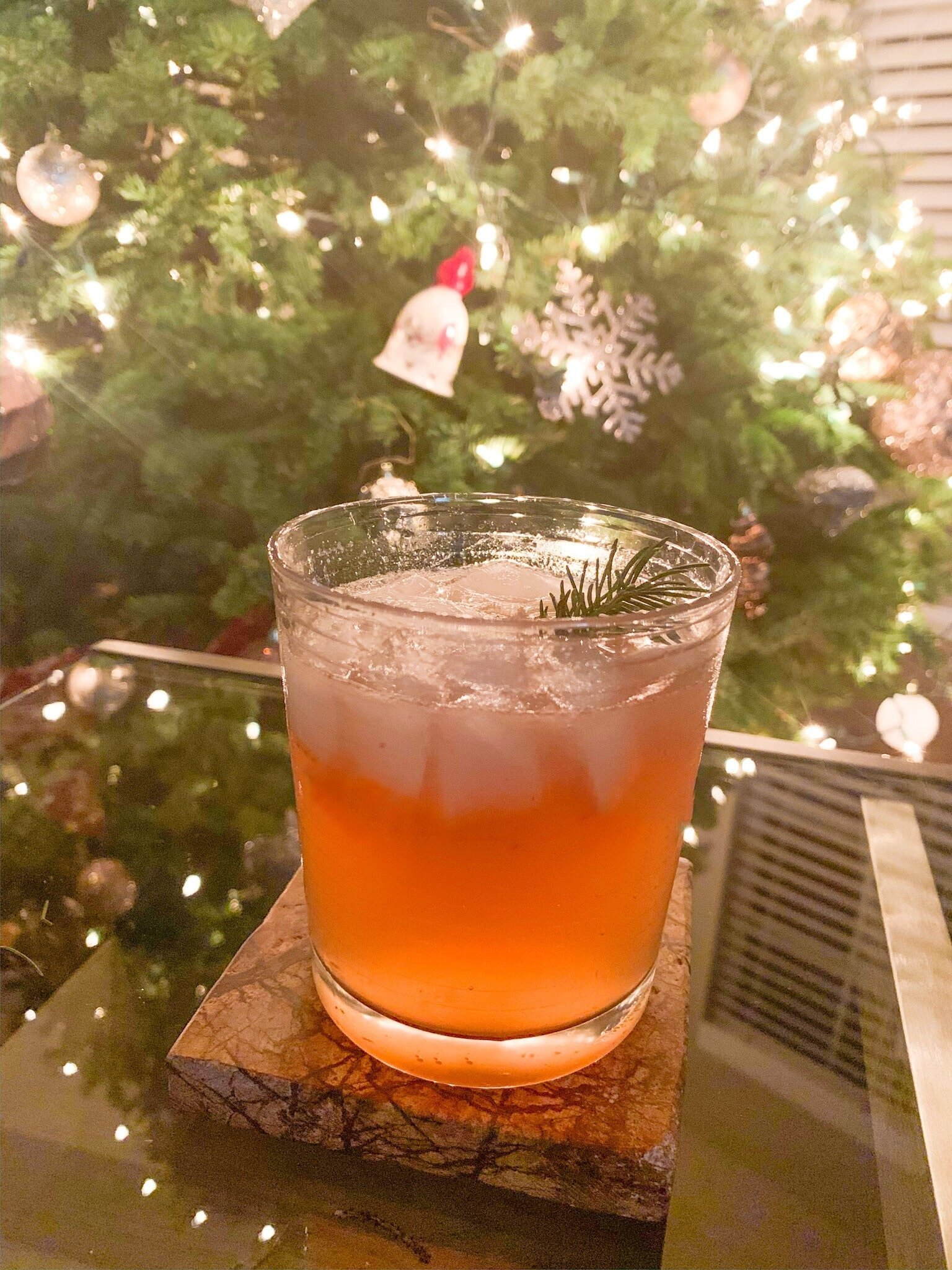 Read more about the article The Christmas Tree Cocktail: A Unique Gin (or Vodka) Cocktail