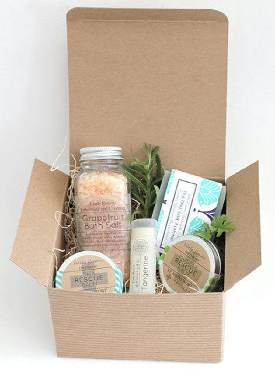 Read more about the article The Best Personalized (Christmas) Gifts From Etsy Under $50